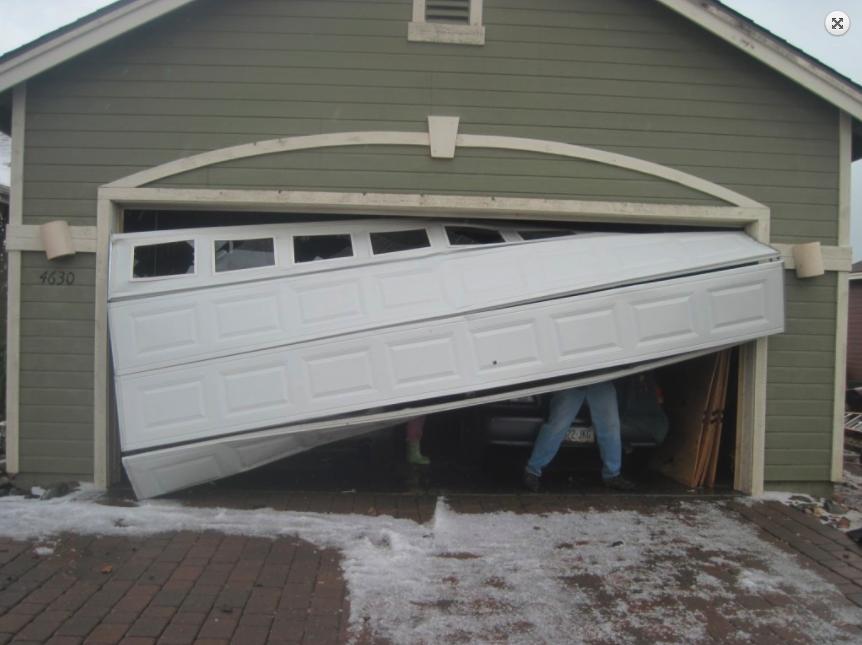 Charmant Aaronu0027s Garage Doors